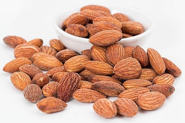 3 snacks saludables para llevar al trabajo